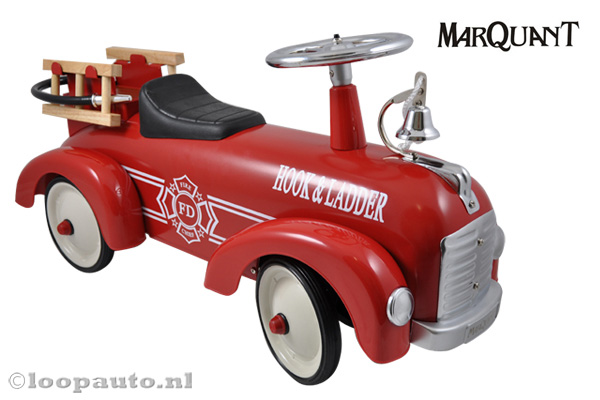 Marquant brandweer loopauto.