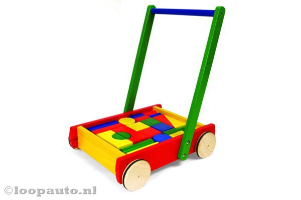 Houten blokkenwagen
